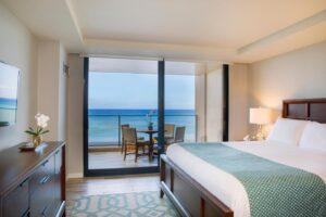 aston-mahana-at-kaanapali-oceanfront-premium-bedroom-1440x960