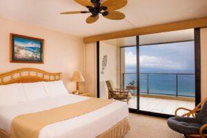 aston-mahana-at-kaanapali-room-oceanfront-standard-bedroom-1440x960