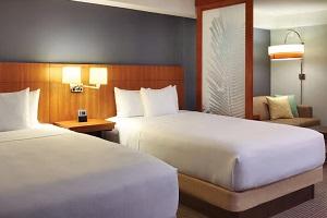 【お部屋】2名1室利用の場合、ベッド2台のお部屋を確約できるプランがございます。
